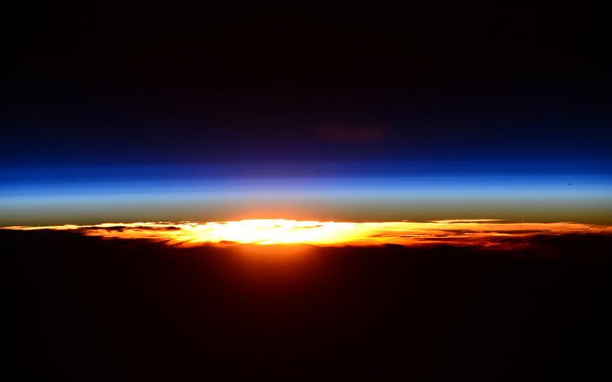 Cele mai bune FOTOGRAFII făcute de astronautul Scott Kelly