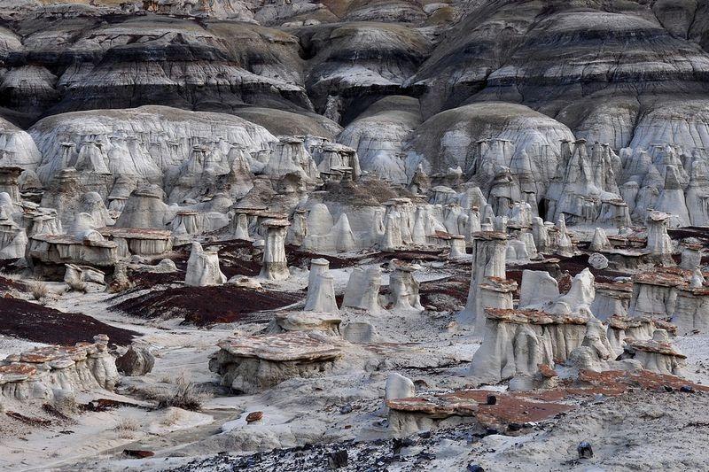 Peisajul excepţional de la Bisti Badlands