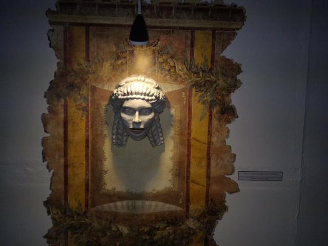 Cluj: Expoziţie 3D la muzeu, vizitatorii se pot plimba virtual prin Roma antică şi Sarmizegetusa