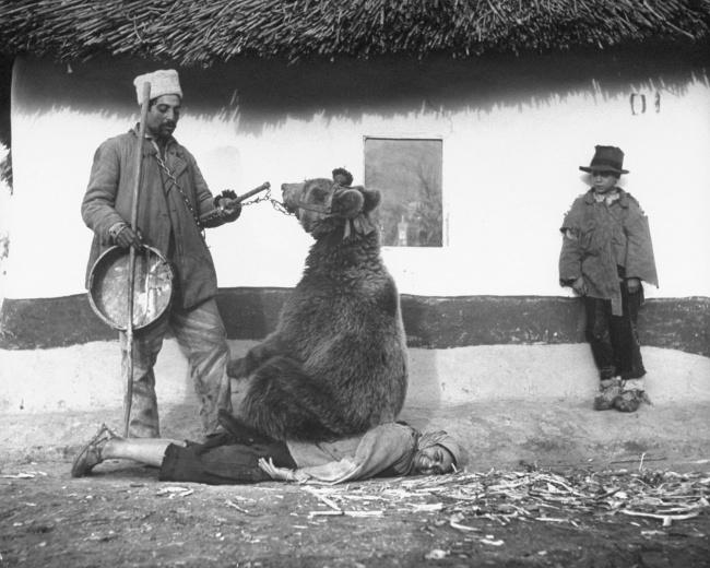 Fotografii captivante care reflectă partea mai puţin cunoscută a istoriei