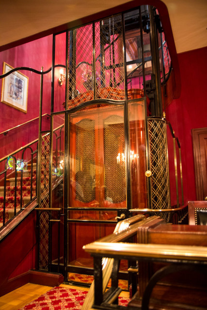 Club 33, locul secret din Disneyland