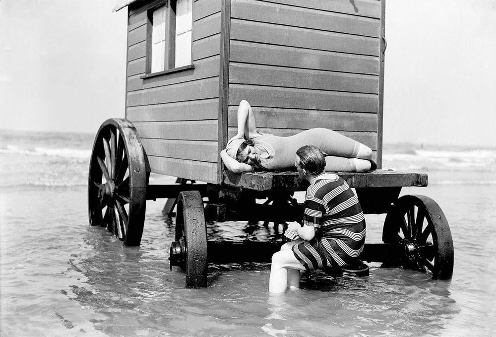 Metoda de scăldat în secolul XIX pentru femei