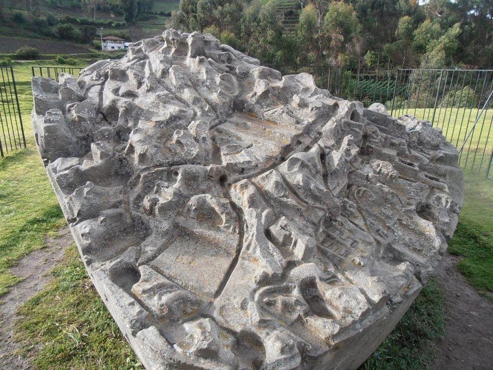 Noile descoperiri legate de Piatra Sayhuite