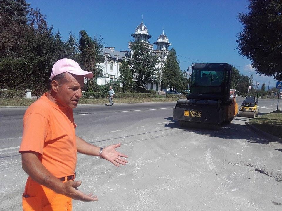 Strada pavată pe vremea lui Carol I, pe care localnicii din Curtea de Argeş nu o vor asfaltată
