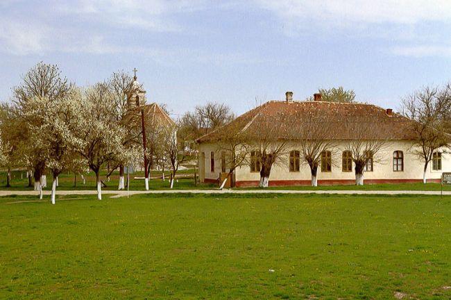 Singurul sat din România construit în formă circulară