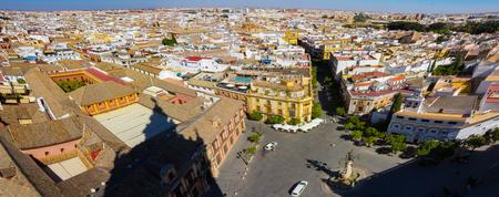 Sevilla cel mai bun oraş european pentru o vacanţă călduroasă, iarna