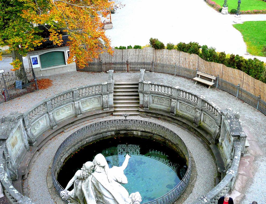 Locul din care fluviul Dunărea îşi începe cursul, Donauquelle