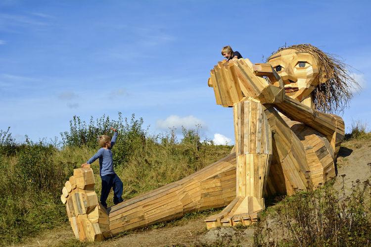 Sculpturile din Copenhaga, modul prin care un tânăr a reuşit să recicleze