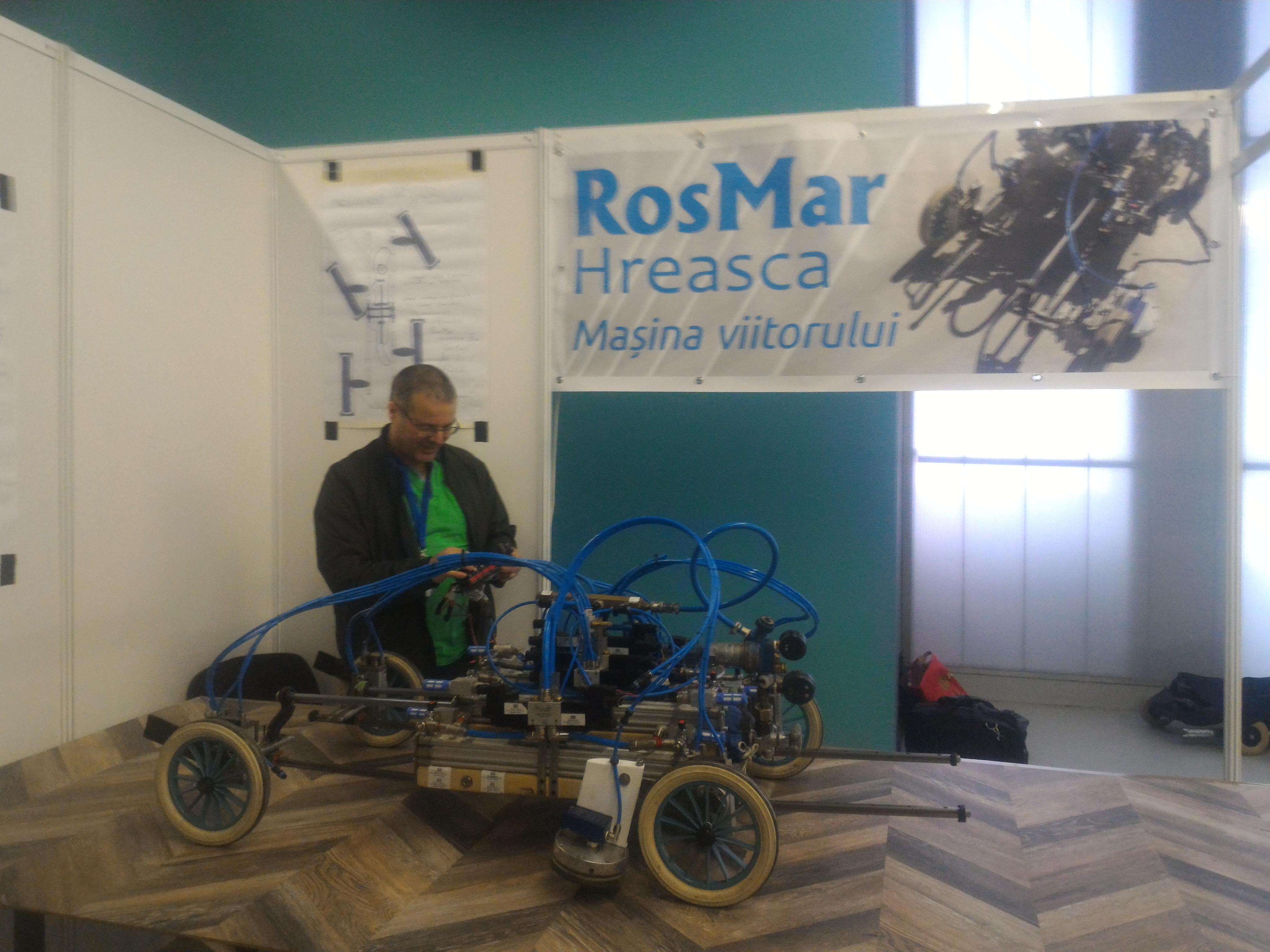 Maşină cu aer comprimat prezentată la Cluj-Napoca