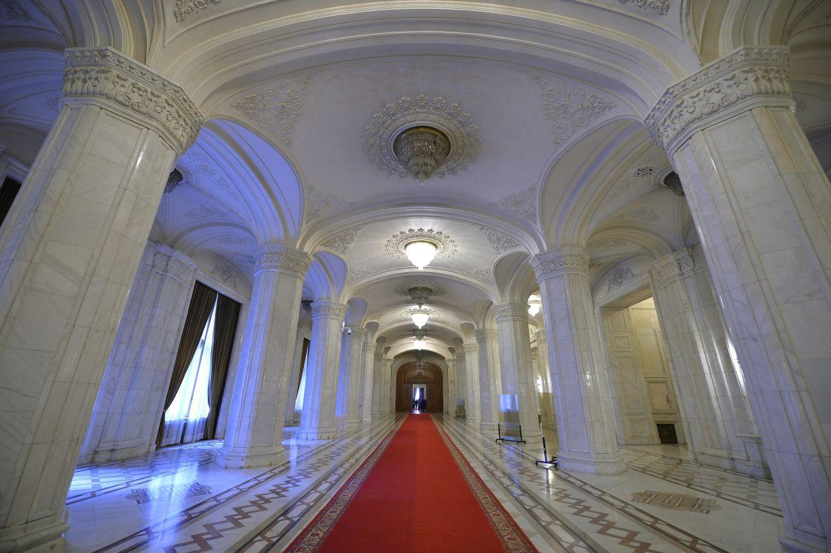 Palatului Parlamentului, de zece ani în Cartea Recordurilor / Credit: Mediafax Foto
