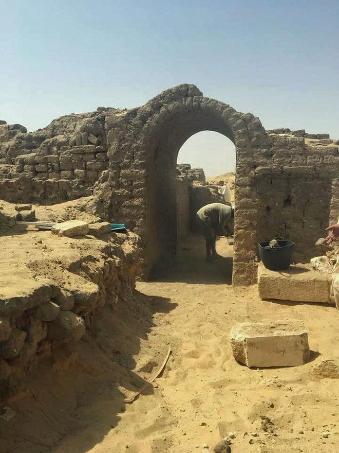 Un mormânt recent descoperit pune într-o nouă lumină istoria militară a Egiptului antic