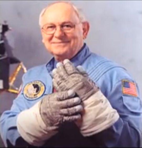 Astronautul Alan Bean, al patrulea om care a ajuns în spaţiu - imagini rare
